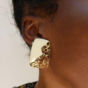 Jewelry - Gold Vintage Earrings